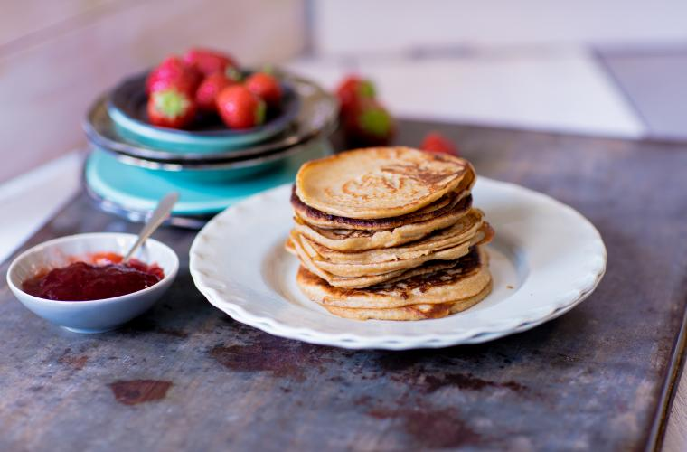 Oatmeal pancakes with strawberry jam